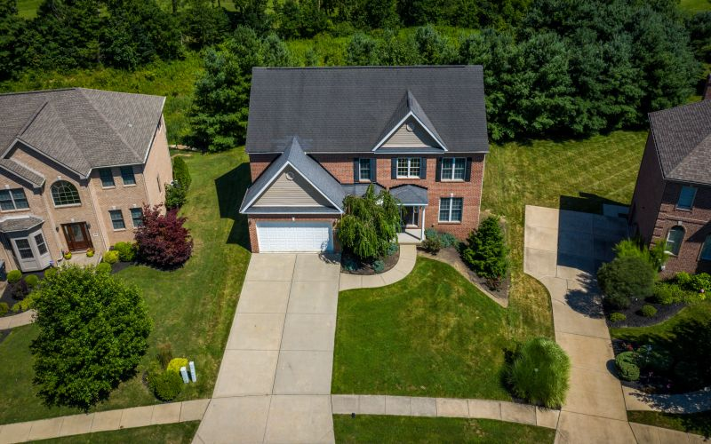 216 Dorsay Valley Dr | Cranberry Twp