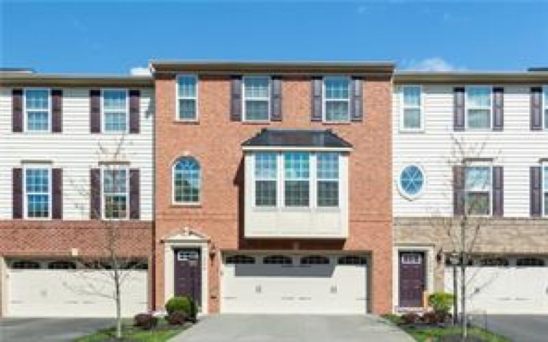 1204 Pointe View Drive | Mars